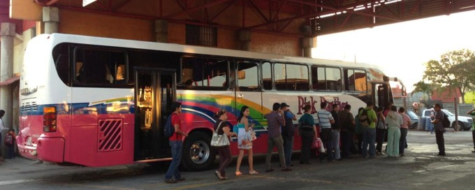 Buses Arenal Volcano
