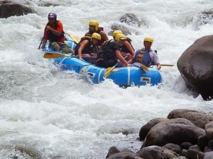 costa rica rafting arenal volcano