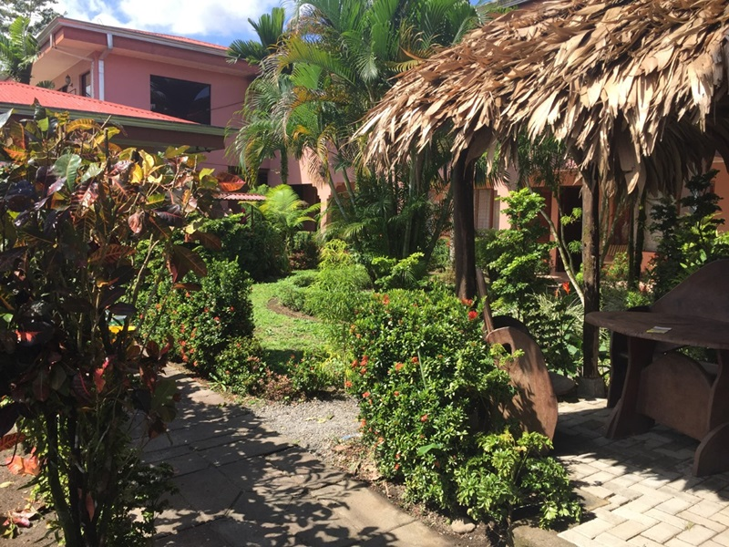cheap hotel arenal volcano