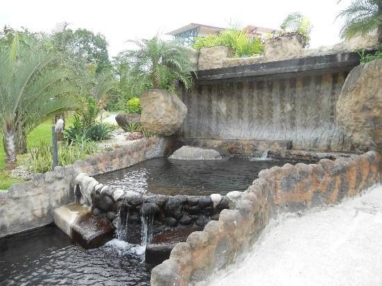 Los laureles Hot Springs Arenal